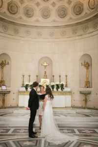 wedding planner in paris Parisian chapel (12)